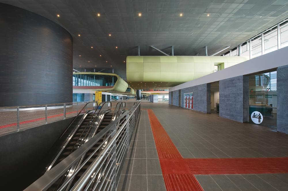 Roma Tiburtina Railway Station: Photo 10