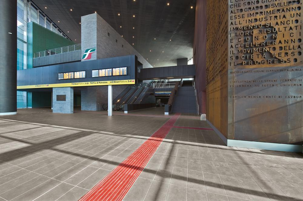 Roma Tiburtina Railway Station: Photo 9